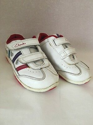 Girls White & Red Clarks Trainers Pumps Shoes Lights Size 6