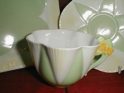 Shelley Dainty Floral Handle Fine Bone China Tea Cup Saucer Plate Trio 11993 / 9