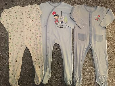 boys sleepsuits 12-18 months (Knights)
