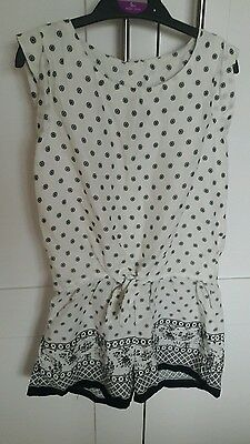 Girls playsuit H&M age 6/7yrs - New