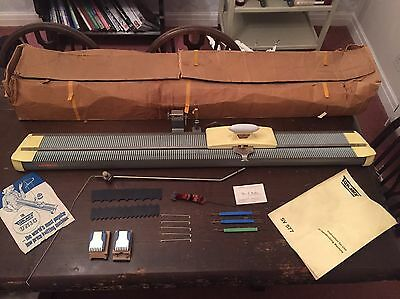 Vintage Turmix Hand Operated Knitting Machine SV 577 GWC Orig. Accessories