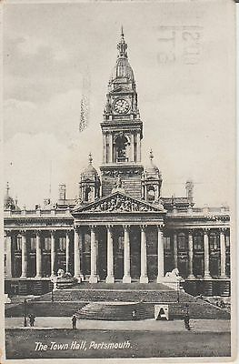 Portsmouth - The Town Hall - Hampshire  -  Postcard