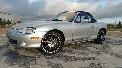 2004 Mazda MX-5 Miata LS Convertible 2-Door 2004 Mazda Miata LS Convertible 2-Door 1.8L Only 44,127 Original Miles L@@K!!!