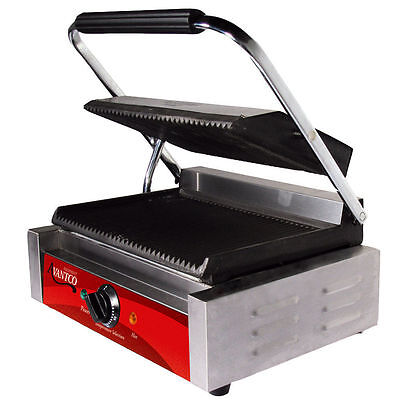 Avantco P78 Grooved Commercial Panini Sandwich Press Grill 120V 1750W Restaurant