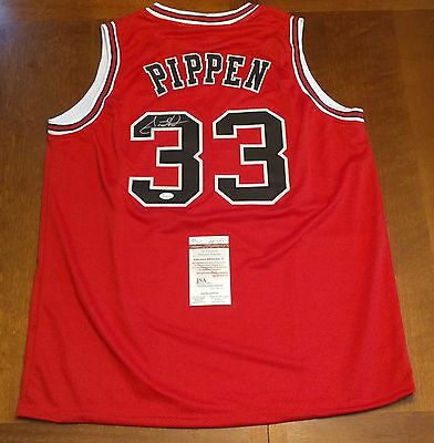 SCOTTIE PIPPEN autographed signed CHICAGO BULLS red jersey JSA coa
