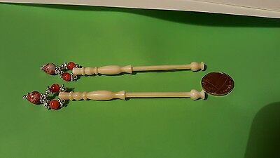 2 x beautiful Lace bobbins, made from 'Cow' bone. Nice smooth bobbins (Ref  915)
