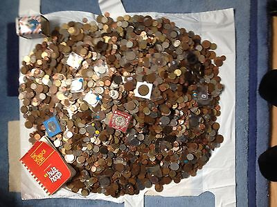 Collection of coins joblot 1kg inc a silver coin  great lots BACKBY  DEMAND LOOK
