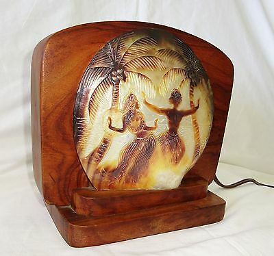 1930s Hawaii Milo Wood Lamp with Carved Shell Hula Motif Lamp (Dil)