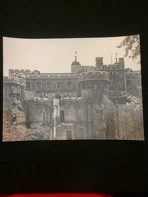 WWII Photograph Of Tower Of London By US Service Member