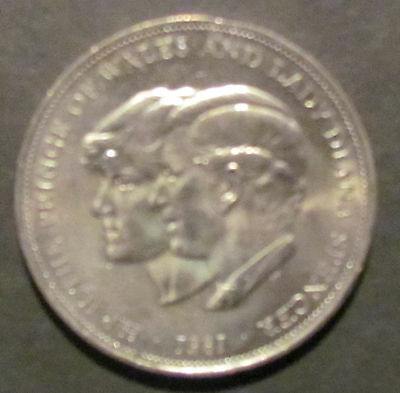 Coin  Crown Charles and Diana 1981