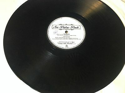 """Su-paka-pooh, in her arms 12"""" record"""