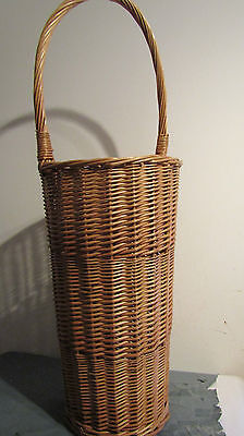 Quality Wicker Umbrella Stand / Walking Stick Holder in Excellent Condition