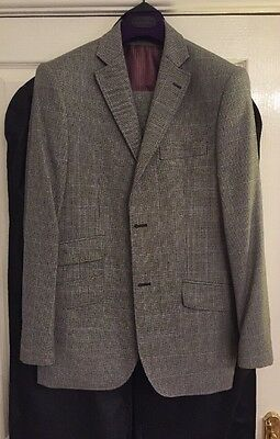 Ted Baker 3 Piece Suit (Jacket & Waistcoat 38R, Trousers 32R), Hanger & Carrier