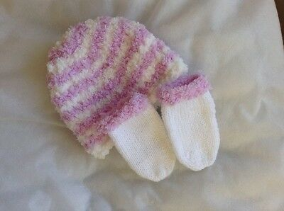 hand knitted baby girl hat and mitts,3-6months