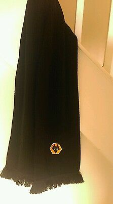 Wolves scarf
