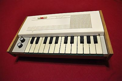 Soviet toy synth organ EMI vintage USSR Russian