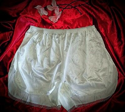 Vintage double nylon crotch Bridal White SISSY Tap Pants panties- U.S.A. sz L/7