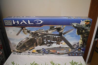 Halo UNSC Falcon with Landing Pad 96940.  New and Sealed.