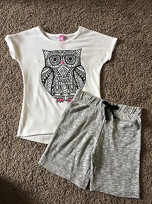 NEW Girls Size Small 4/5 Outfit Tshirt Blouse With Owl And Gray Shorts