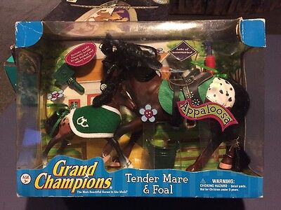 Grand Champions Tender Mare and Foal Playset Appaloosa 50124