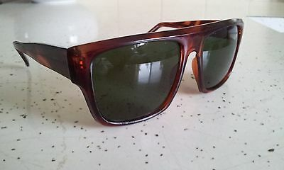 VINTAGE 1980's SUNGLASSES - NEW OLD STOCK