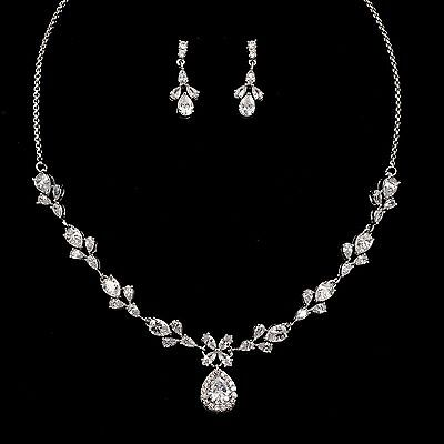 White Gold Plated Clear Zirconia CZ Necklace Earrings Wedding Jewelry Set 00038