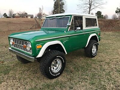 1975 Ford Bronco Ranger 1975 Ford Bronco Ranger V/8 auto ps power disk brakes lifted nice driver! Look