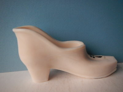 Westmoreland pale pink shoe; artist signed; square toe; marked