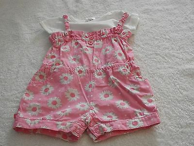 pink baby girl romper set size 000 0-3 months