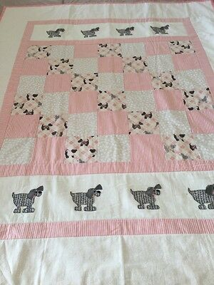"""Handmade patchwork quilt 'little Dogs' Size 43"""" X 53"""" With Appliqué"""