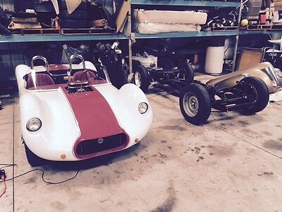 1976 Replica/Kit Makes kit birdcage maseati tipo 61 (Dio) kit body and Triumph TR-6 rolling chassis