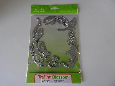 Tonic trailing blossom die, corners cutting embossing set brand new