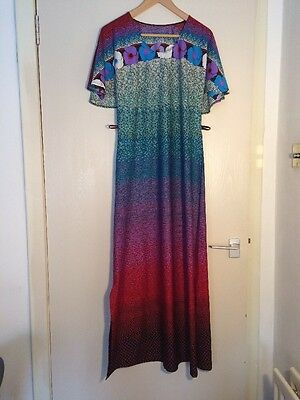 Fantastic Vintage 1970s Maxi Dress Floral Pattern Uk 10 12