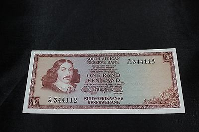 1990s South Africa 1 Rand Banknote SN#Z/22 344112 Ex Condition Small Version