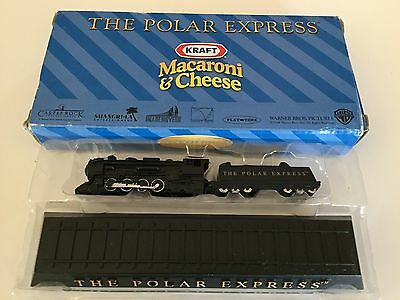 2004 Polar Express Train Miniature with display track Kraft Macaroni & Cheese