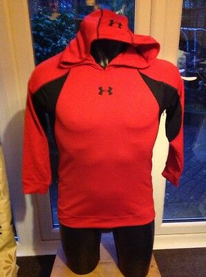 Boys Under Armour Base Layer hoody top red/black size Ylg in good used condition