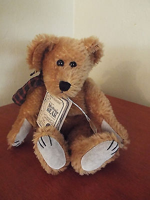 "VINTAGE THE BOYDS COLLECTABLE 10"" BENDABLE MOHAIR BEAR Certi# 31841"