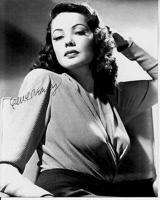 GENE TIERNEY hand-signed SULTRY YOUNG GORGEOUS 8x10 B/W PORTRAIT w/ uacc rd COA