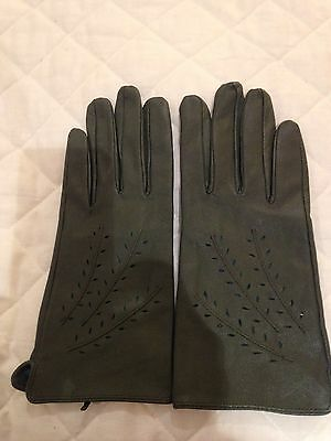Green Ladies Leather Gloves