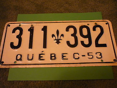 1953 Quebec License Plate