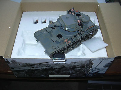 Panzer King & Country FOB039 Blitzkrieg Panzer IV Tank with 5 Man Crew
