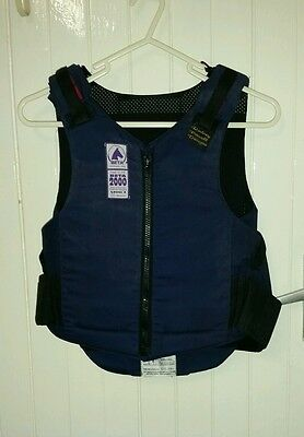 childs Rodney Powell horse riding body protector/armour series 3 size 2