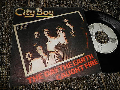 """CITY BOY The day the earth caught fire/Ambition 7"""" 1979 SPAIN SPANISH edition"""