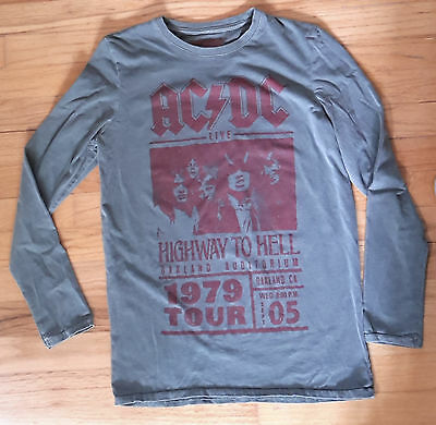 """AC/DC 1979 HIGHWAY TO HELL World Tour Oakland Long Sleeve T Shirt Boys 36"""" chest"""
