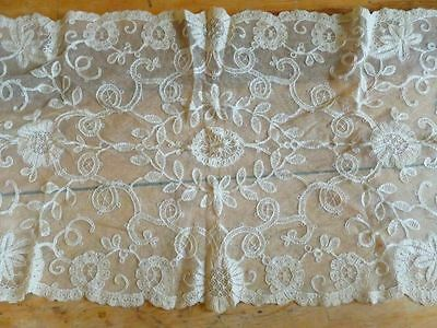Antique Vintage Embroidered Net LACE Table RUNNER Floral Scalloped 15x41 ecru