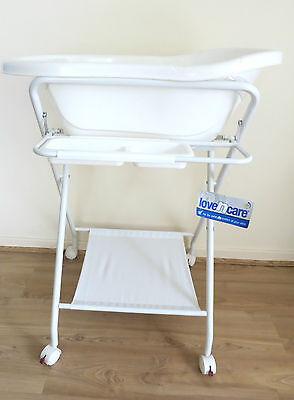 Love N Care baby bath with stand, styled for stability & safety, great condition