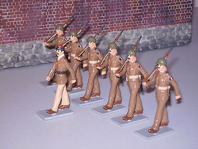 Asset Toy Soldiers Seven Marching French Infantry Officer And Six Men 1/32