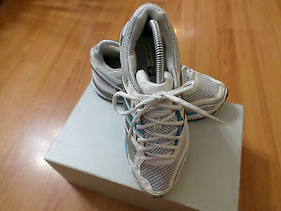 Adidas Womens Size 8 Shoes