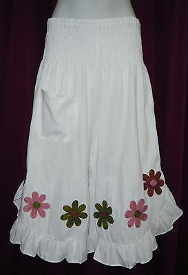 1A225 LADIES SHIRRED WAIST 3/4 FLOWER PANTS plus size 12 , 14 , 16 ,18 WHITE NEW