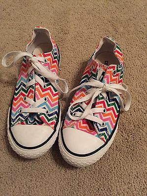 Converse All Star Chevron Canvas Chuck Taylor Lo Top Sneaker Youth Size 2